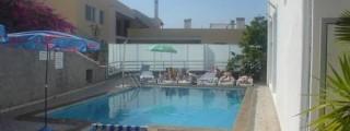 Madeira-Hotel-Residencial-Melba-05.jpg