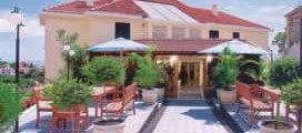 Madeira-Hotel-Residencial-Do-Vale-001529f33d890287.jpg