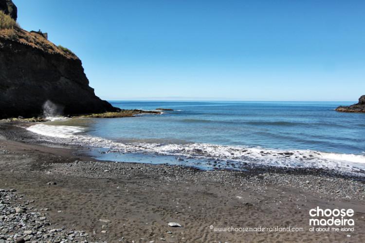 Praia da Alagoa Porto da Cruz Choose Madeira Island (2)