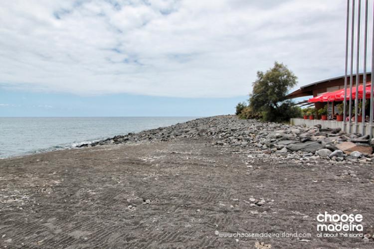 Praia da Ponta do Sol - Lugar de Baixo Choose Madeira Island (3)